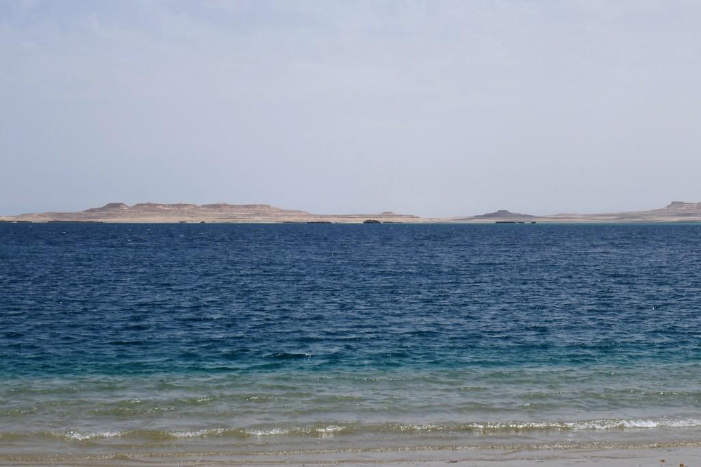 inland sea khor adeid (12)