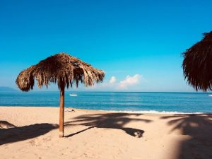 Puerto Vallarta, Playa Los Muertos