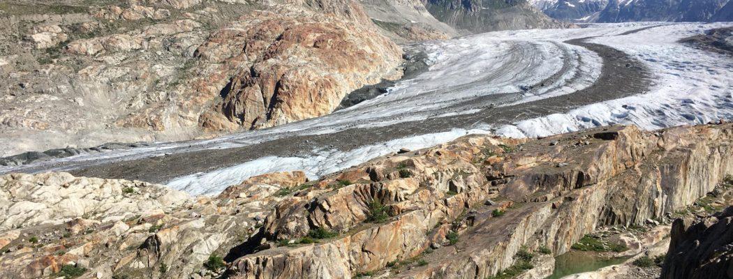 TREK dans les Alpes Suisses avec Allibert Trekking : au coeur du Glacier d'Aletsch.